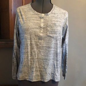Lightweight long sleeve Columbia shirt